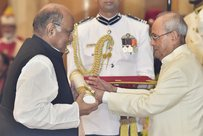 39 people including political stalwarts like Joshi, Pawar and Sangma were conferred Padma awards. PTI Photo